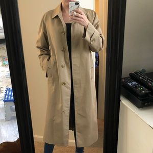 Vinatage Burberry trench